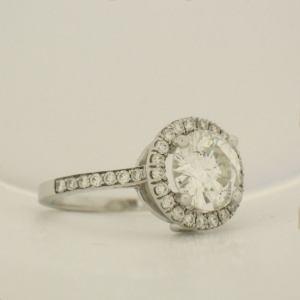 inel din aur alb cu diamant taietura briliant