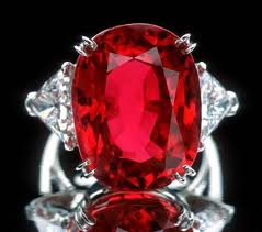 inelul-cu-rubin-carmen-lucia